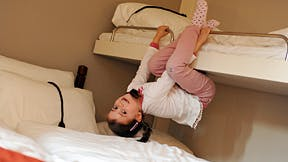 Hunderfossen Hotell 0006  Bunkbed Girl Playing